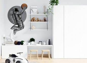 Naklejka na ścianę z koszykarzem